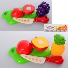 Продукты 6604-1-2 на липучке, досточка, нож, овощи/фрукты