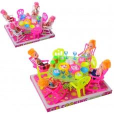Столовая 66-16 стол, стулья, кукла 4шт, посуда, микс цветов, в слюде