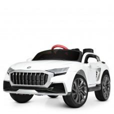 Детский электромобиль Bambi M 4196 EBLR-1 Audi Q8, белый