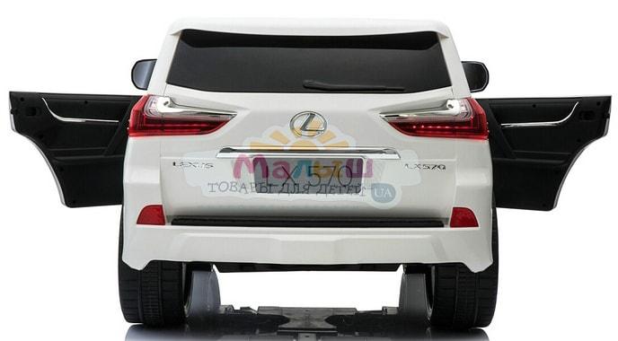 Bambi M 3906 (MP4) EBLR-1 Lexus LX 570 пластиковый корпус